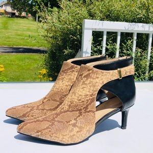 Jocelyn Smith brown snake skin pattern heels